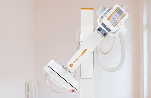 Röntgen-Schwenkbügelsystem von Oehm und Rehbein: Das Amadeo S motorised